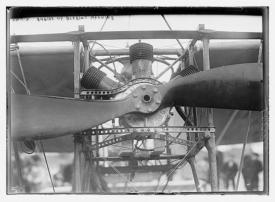 Very nice image of the original 'W' Anzani engine similar to the Bleriot motor